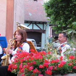 Les Meyer's au pupitre des saxophones